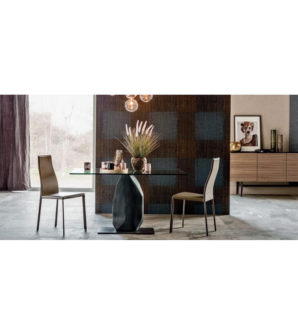 tavolo-cattelan-moderno-obelisco-