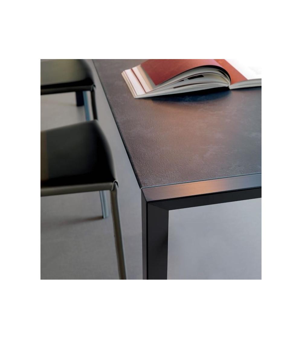 table-cattelan-pedro-drive-