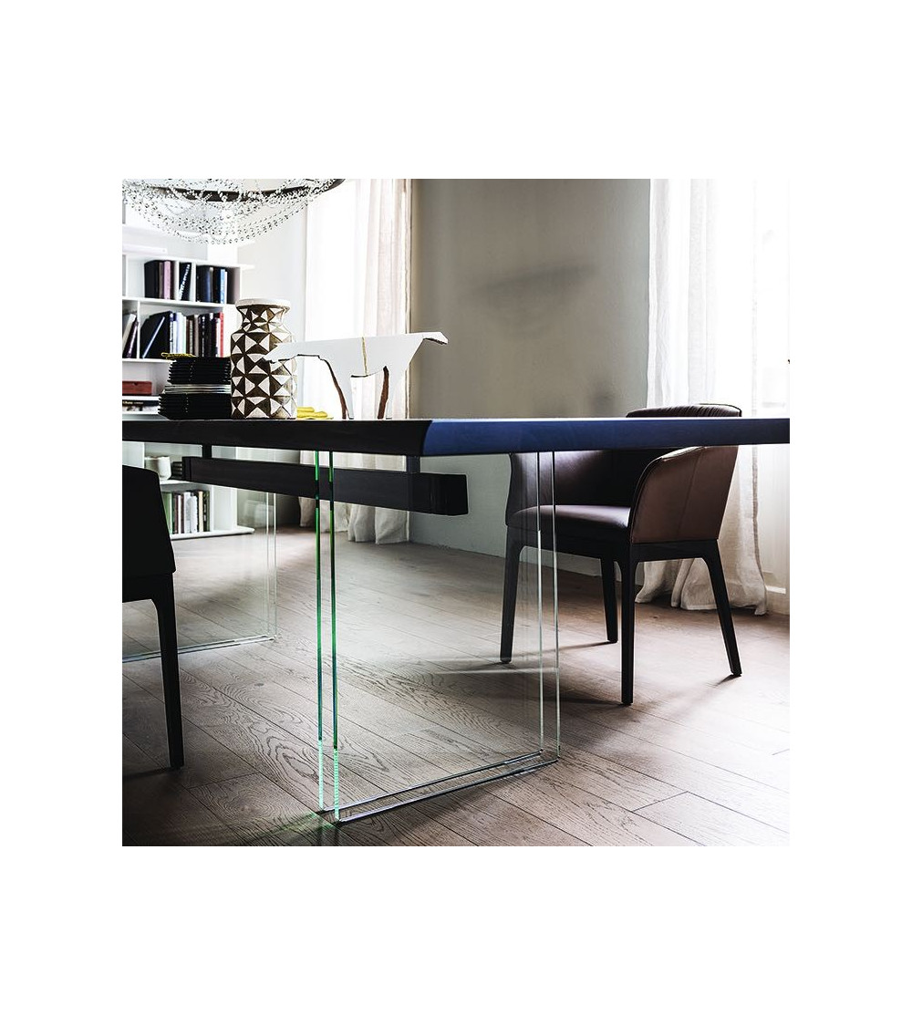 tavolo-piedi-in-cristallo-cattelan-ikon