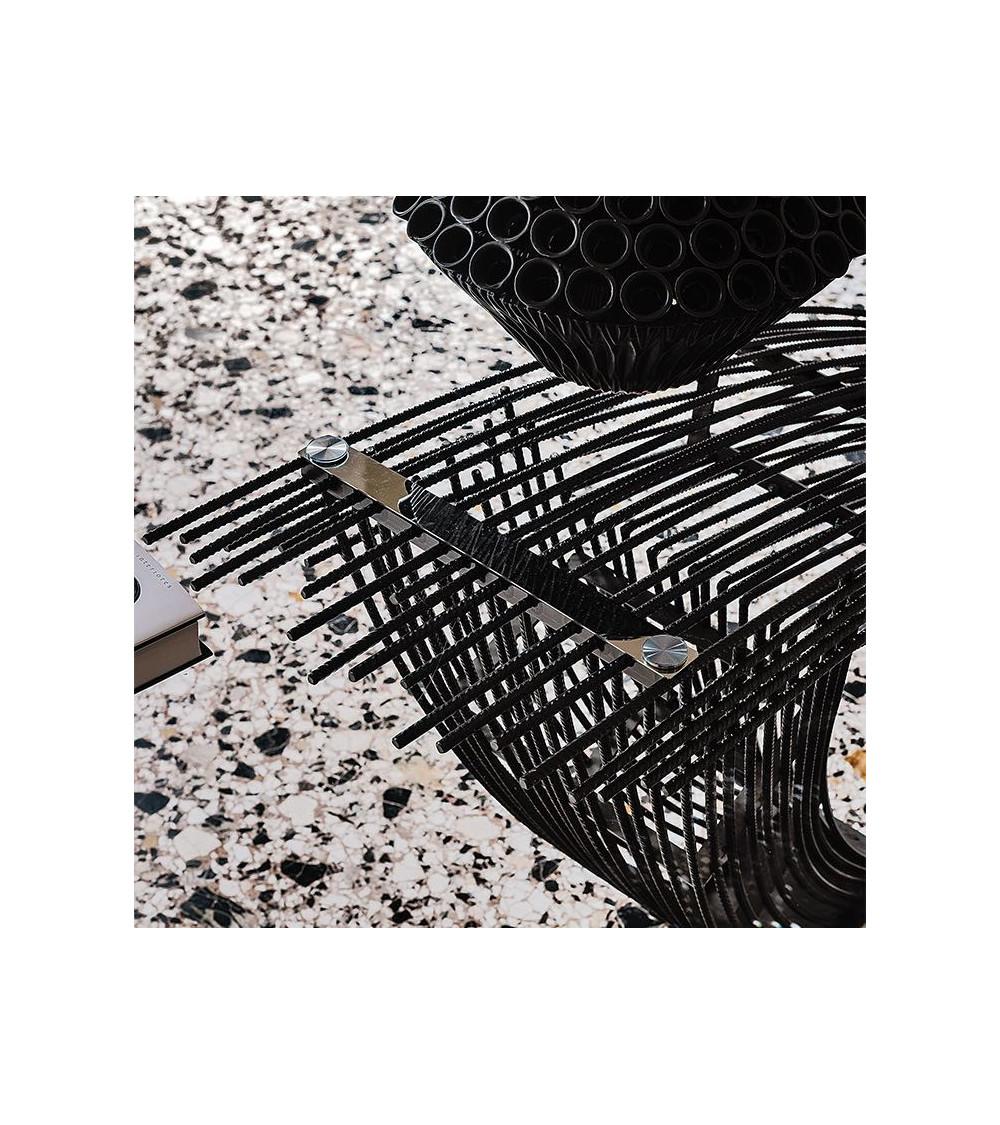 tavolo-particolare-cattelan-hystrix