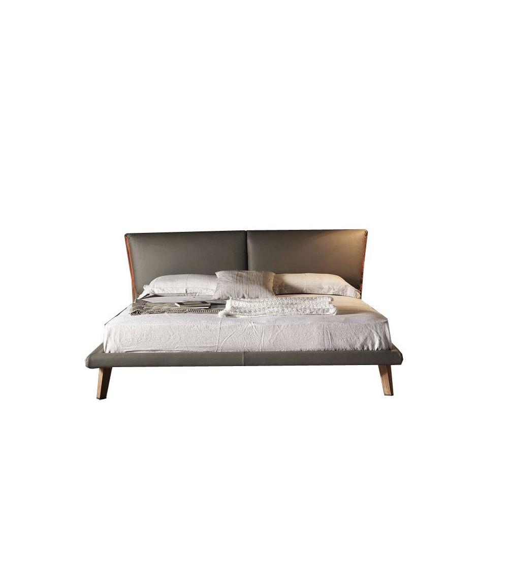 letto-design-in-pelle-cattelan-adam