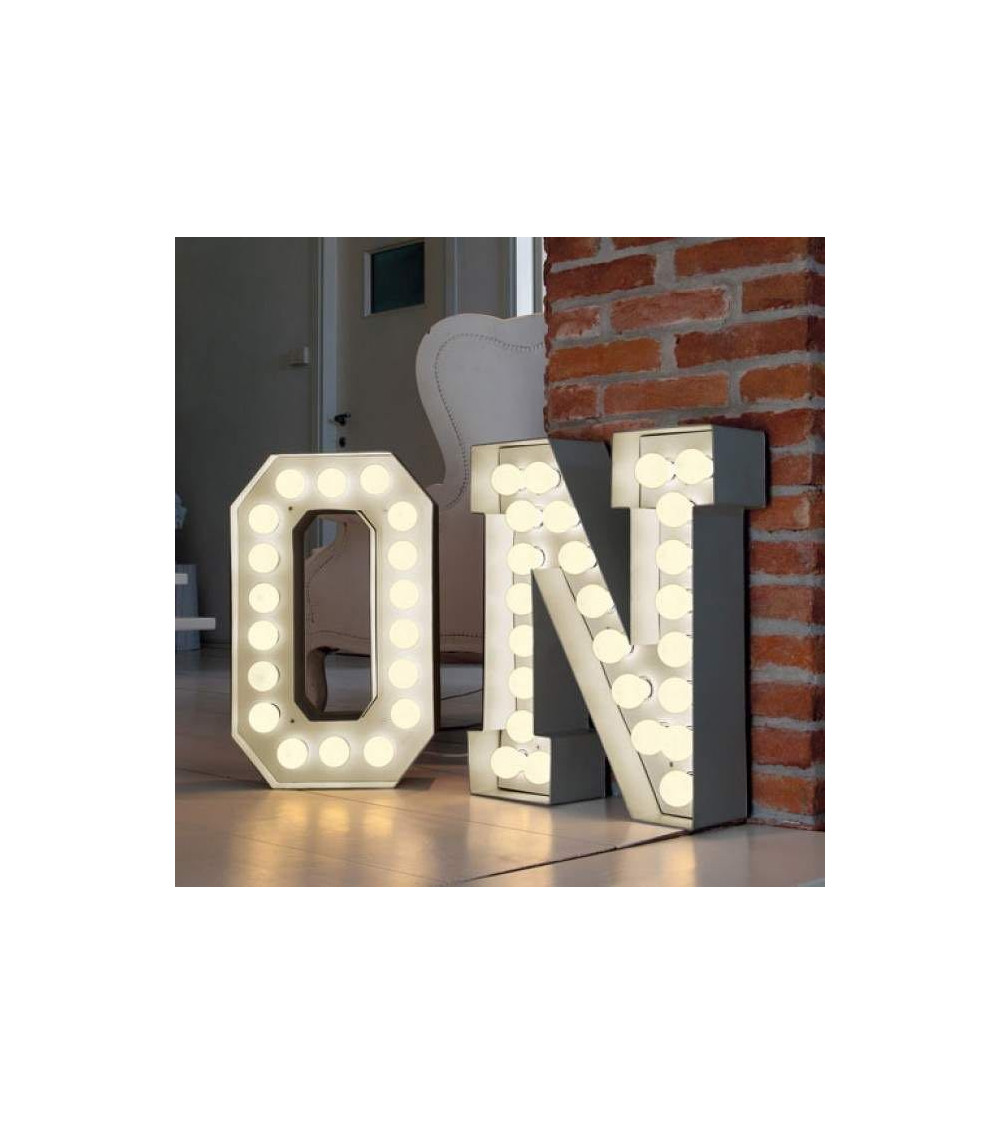 lampada-design-seletti-vegaz-lettera