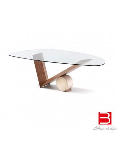 Tisch Cattelan Valentino